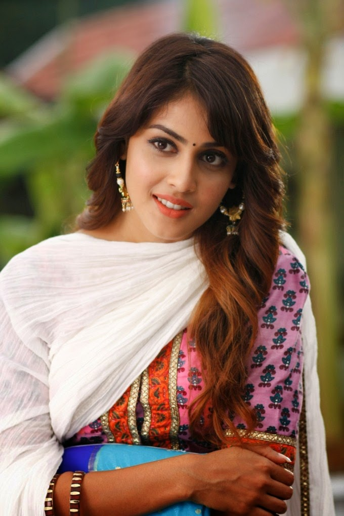 Latest Hd Wallpapers Of Tamil Actress Hd Tamil Actress