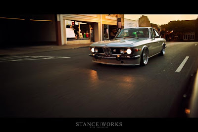 BMW E9 Rebaixada + Rodas BBS