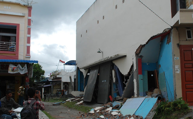 Menengok Penanganan Gempa Gayo