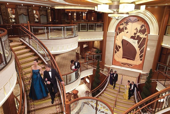 Interior ship queen elizabeth home design interior for Queen mary 2 interieur