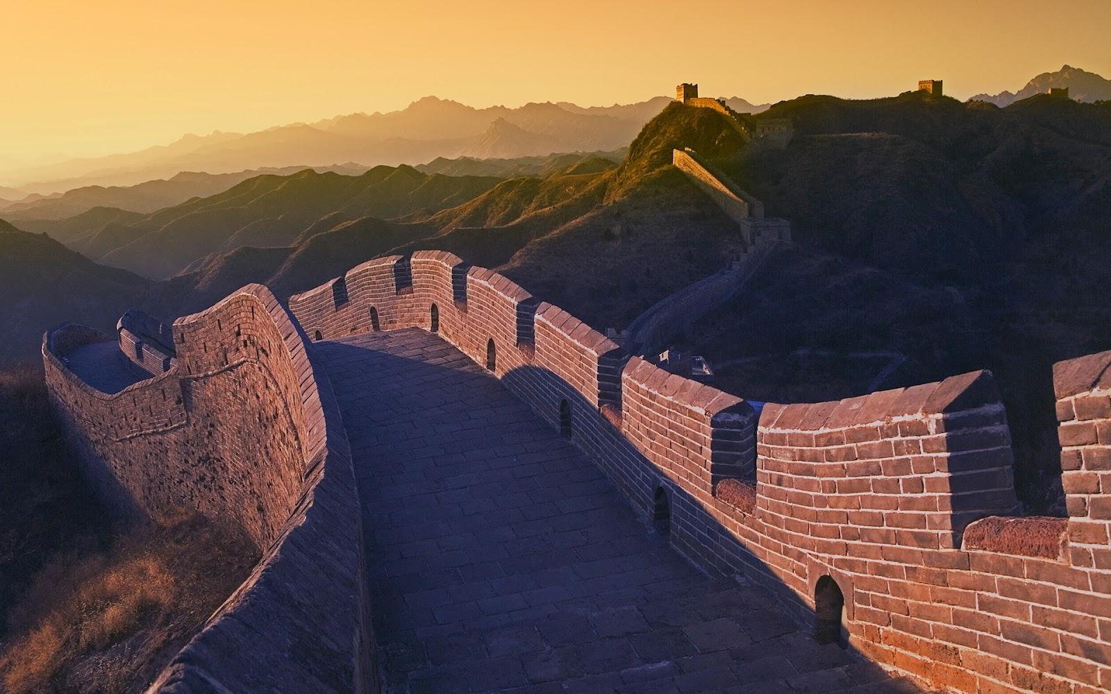 http://2.bp.blogspot.com/-6R0eyza-0Dg/TzuQj2sZaKI/AAAAAAAABM0/gypEx5UI2uk/s1600/Great_Wall_of_China.jpg