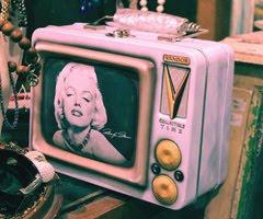 Marilyn;