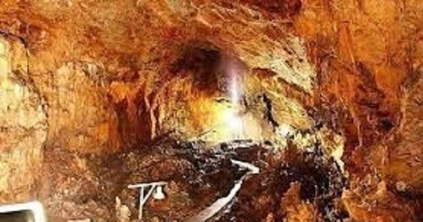 Το σπήλαιο του Διρού και ο μύθος του Κάτω Κόσμου