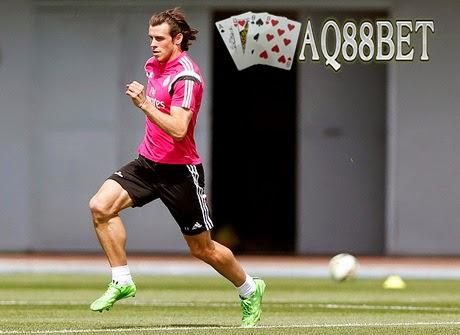 Agen Piala Eropa - Gareth Bale sudah pulih dari cedera betis yang sempat mengganggunya. Penyerang asal Wales itu pun siap memperkuat