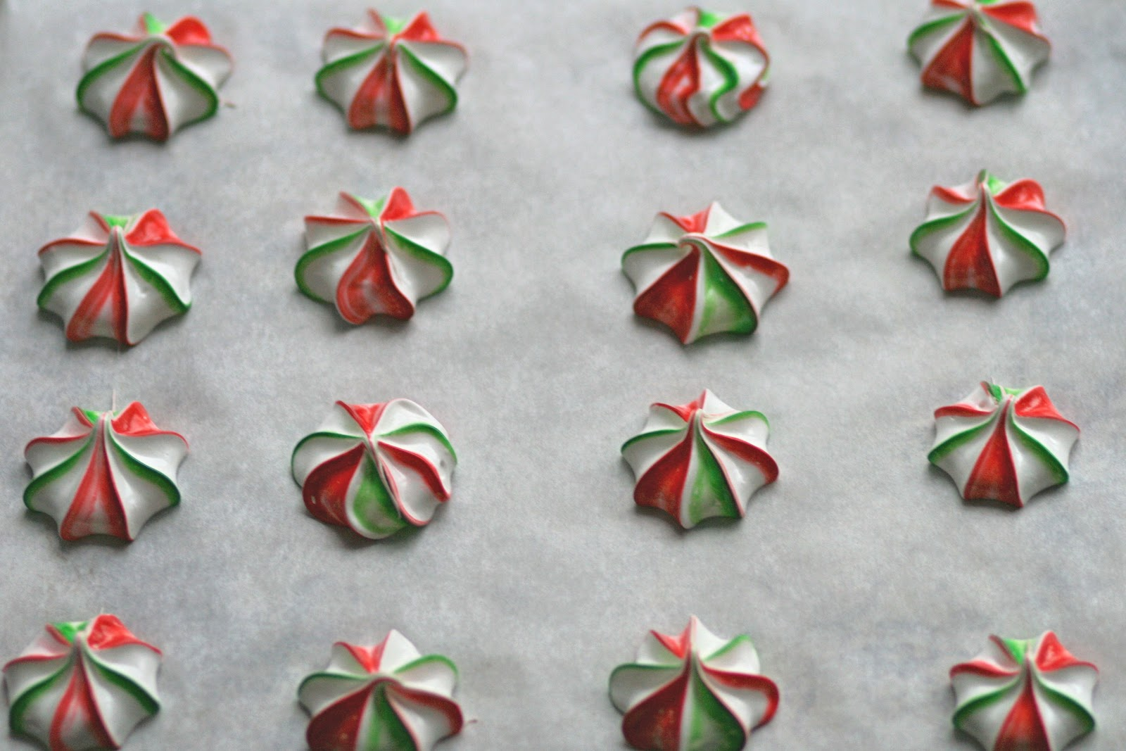 Heather Rolin: Cookie Exchange: Peppermint Meringues