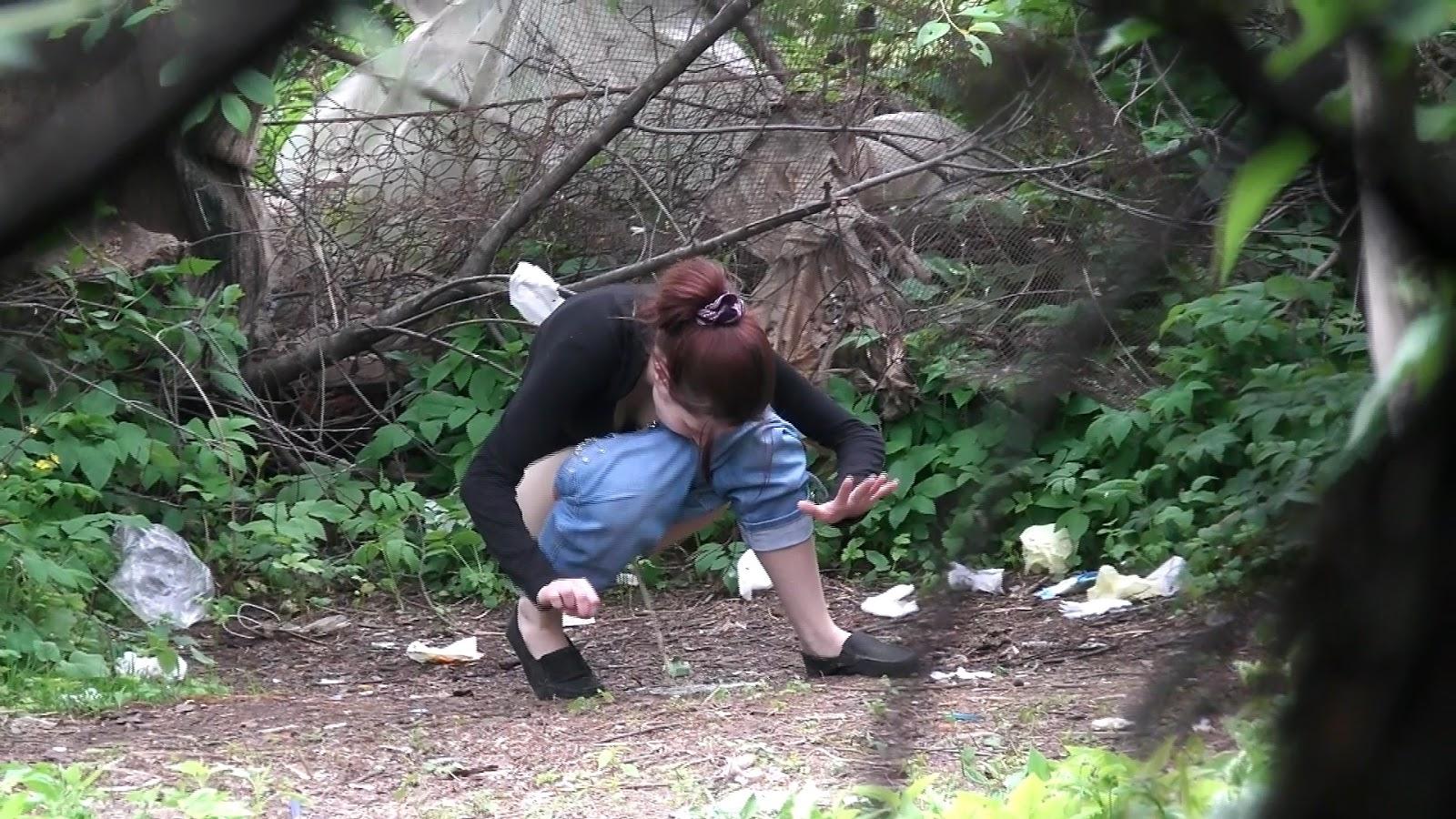 Voyeur Zone: Women pee in the bushes 3