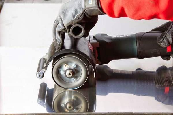 Bí quyết đánh bóng inox - loại bỏ vết trầy xước trên tấm thép và ống thép