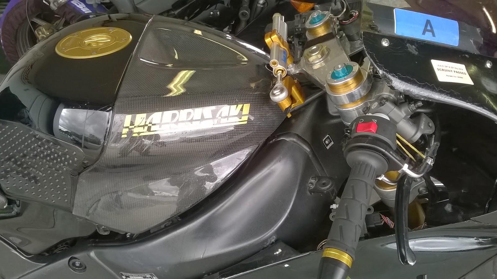 Kawasaki ZX6R - Page 2 WP_20140716_018