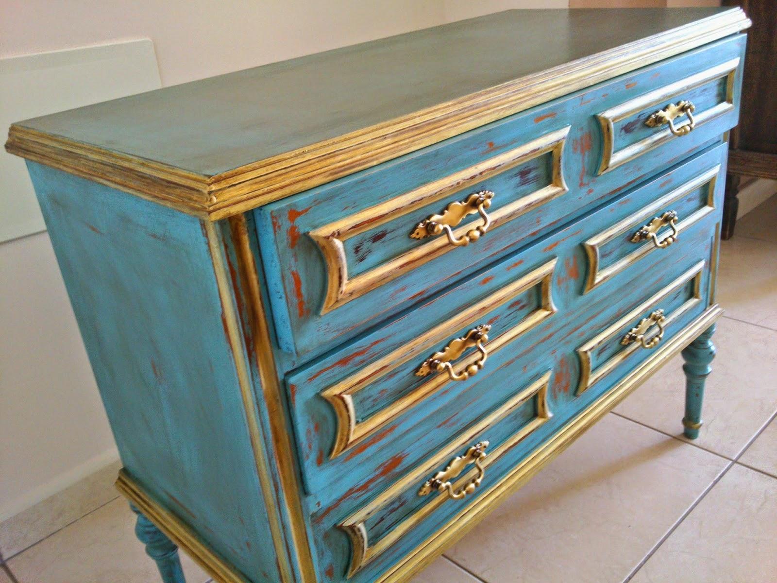 El desv n m gico de ana c moda turquesa restaurada estilo for Muebles el desvan