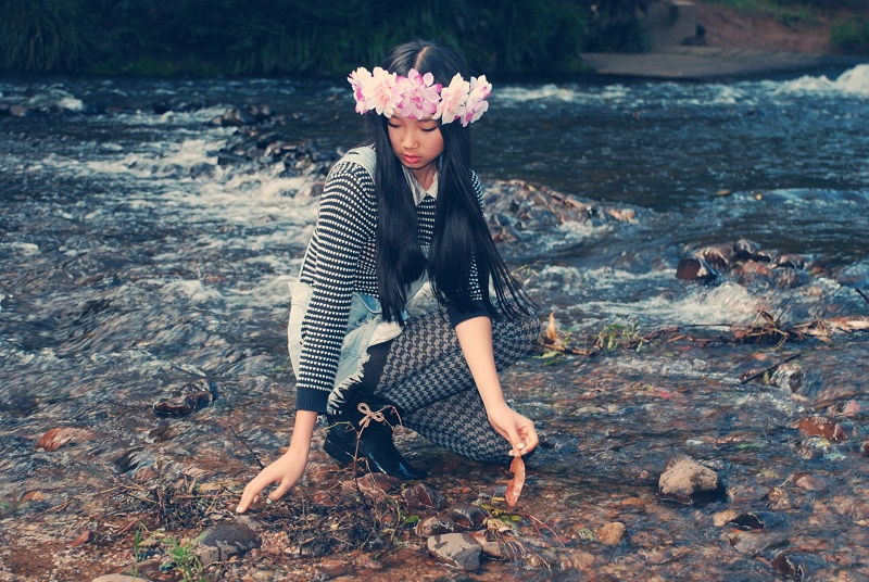 DIY, floral crown, etsy, personal style, outfit, mel by melissa, Boohoo, dungarees, gum boots