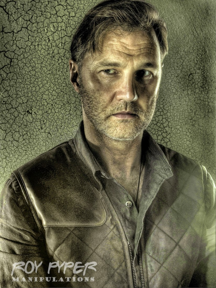 06-Governor-Roy-Pyper-nerdboy69-The-Walking-Dead-Series-05-Photographs-www-designstack-co