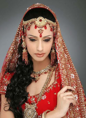 Dress Designs on Pakistani   Indian Wedding Dresses 2012   Fashion World Design