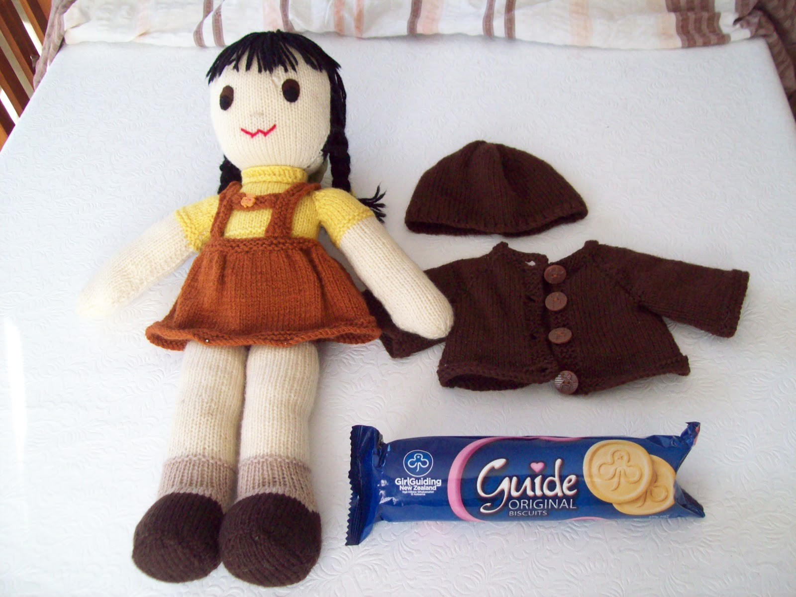 Kowhai Corner Ginny Doll and Friends: NZ Brownie Uniforms