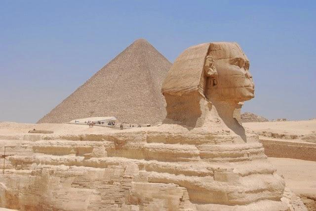 2. Pyramids of Giza (Cairo, Egypt)