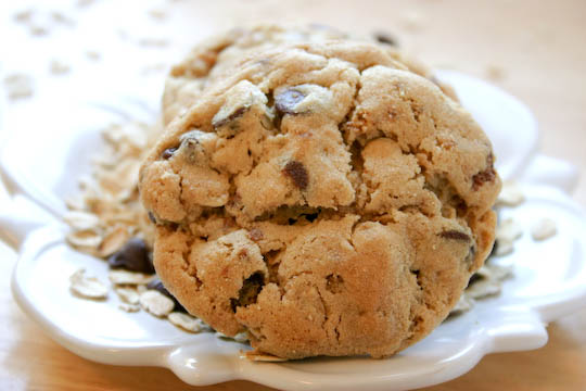 Big Fat Juicy Chocolate Chip Cookies