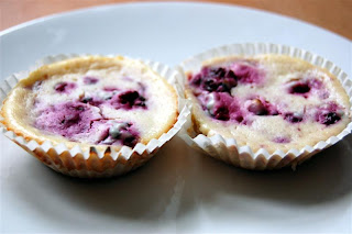 Stitch and Bear - Baked mini blackberry cheesecakes