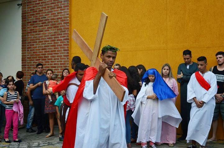 JM participa de encenação da Paixão de Cristo na Diocese de Guarulhos