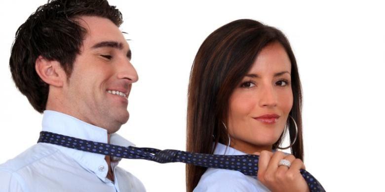 Benarkah Cara Ini Mudah Membuat Wanita Bergairah?