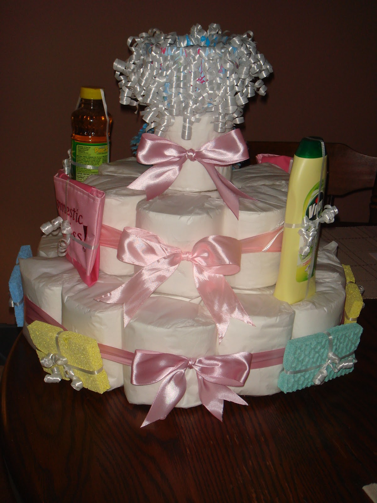 The Crafty Nerd: Toilet Paper Cake - Housewarming Present