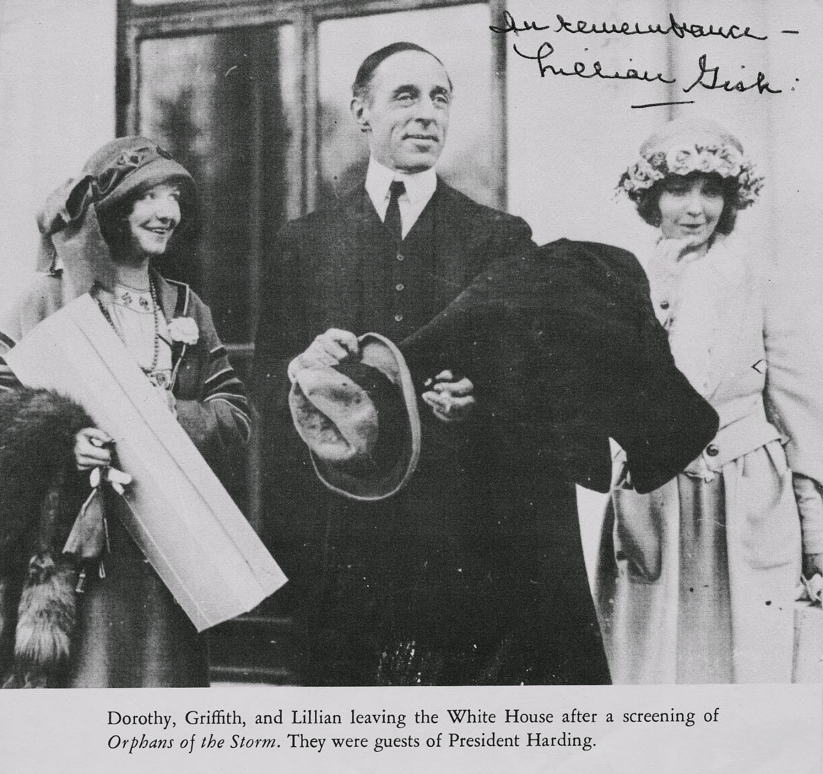Legendary Lillian Gish auto photo + 31 films 25 DVDs $50.00 FREE ship USA