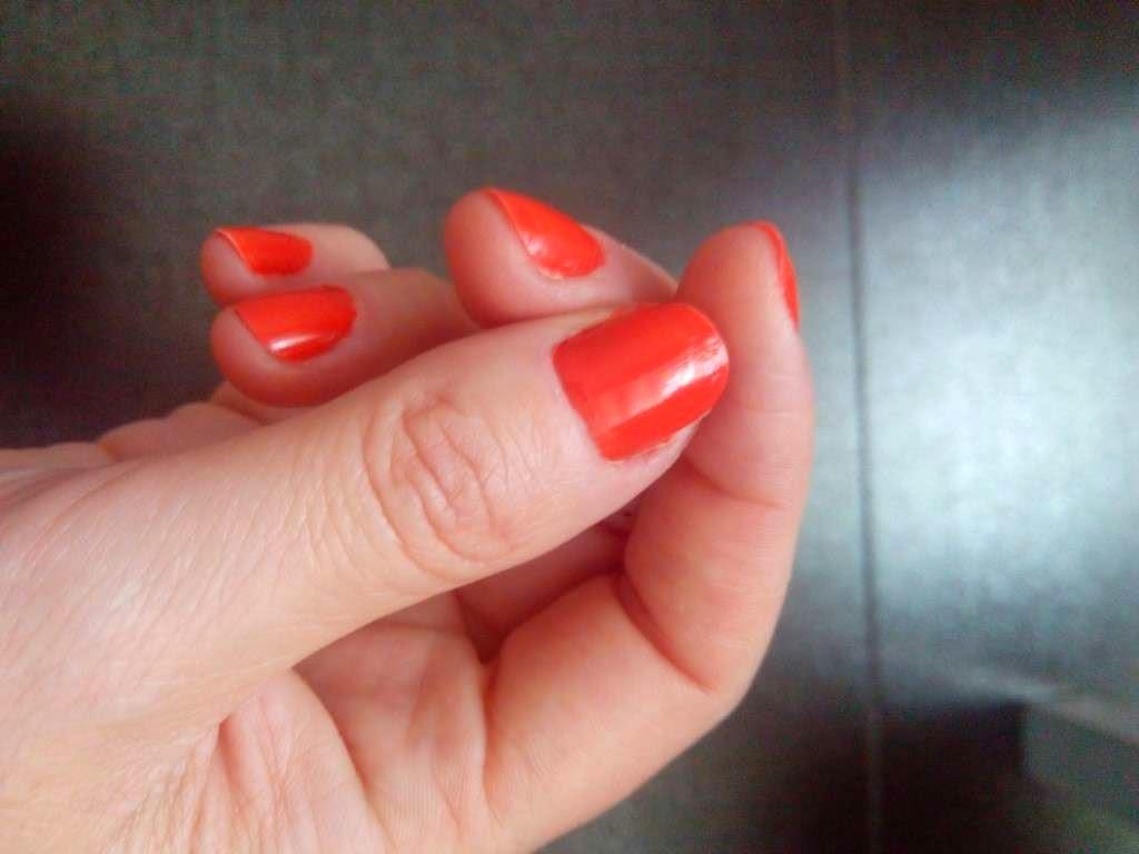 tendencia maquillaje de verano naranja