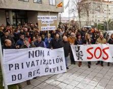 Última movilización por las infraestructuras judiciales en Vigo. // Brea