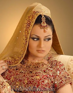 javeria abbasi in wedding dress