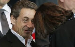 Nicolas Sarkozy en grande discussion avec Anne Hidalgo.