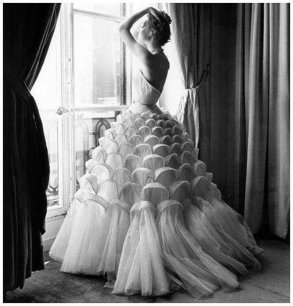 art et glam regina relang ses superbes photographies de mode. Black Bedroom Furniture Sets. Home Design Ideas