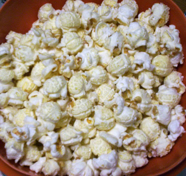 Who doesn't like kettle corn, that sweet, crunchy treat? And why not ...