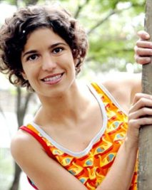 Cantora Érika Miranda
