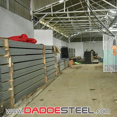 Pabrik Rangka Baja Ringan