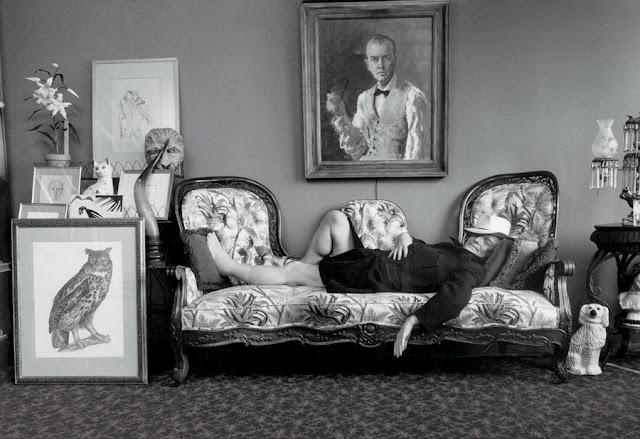 truman capote sofa