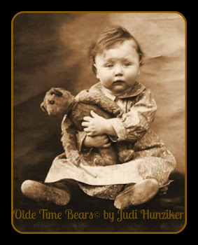 Picture Gallery of Olde Time Bears©