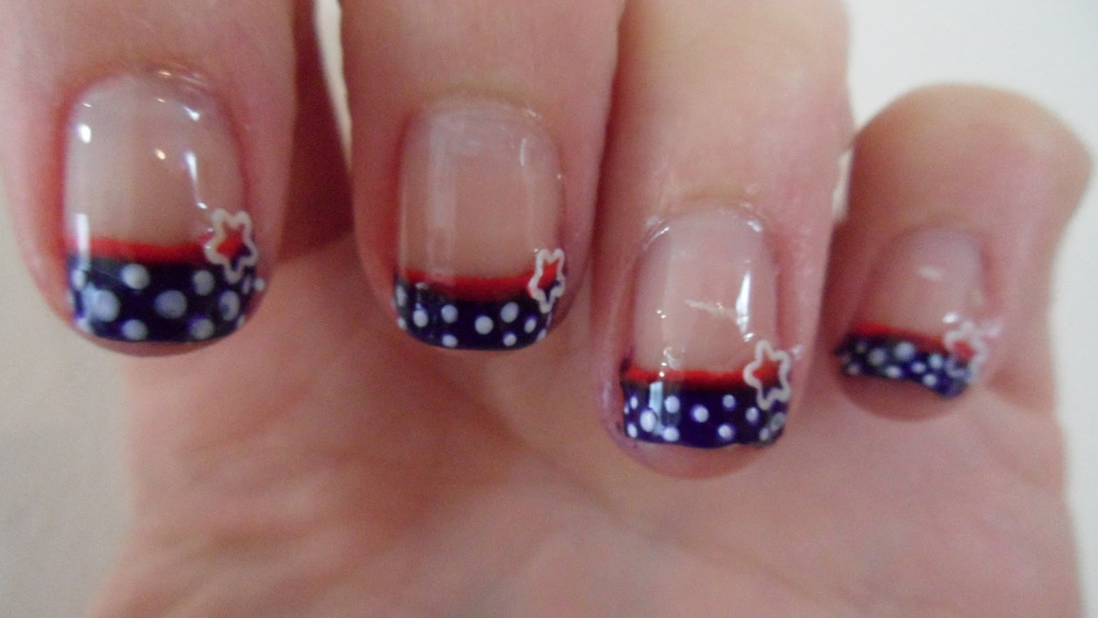 Nailificent: 4th July nail art
