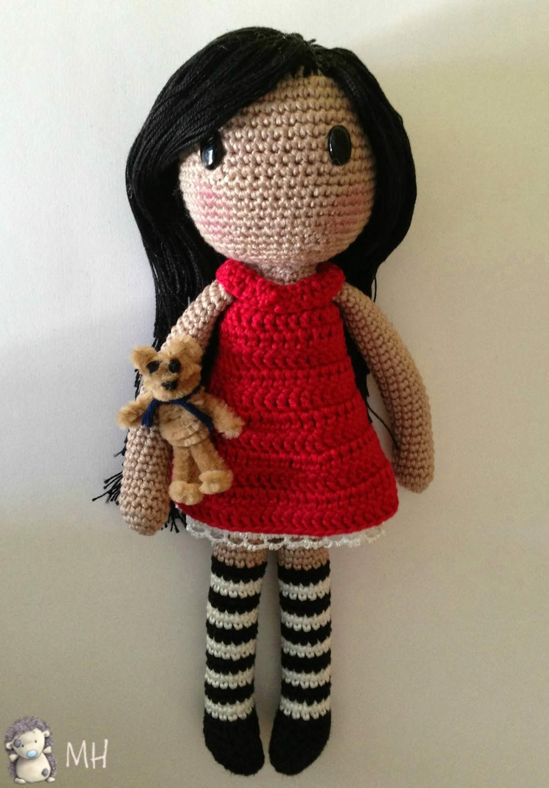 Knitting Patterns Doctor Who Dolls : MADRES HIPERACTIVAS: Gorjuss Amigurumi, Patron Gratis