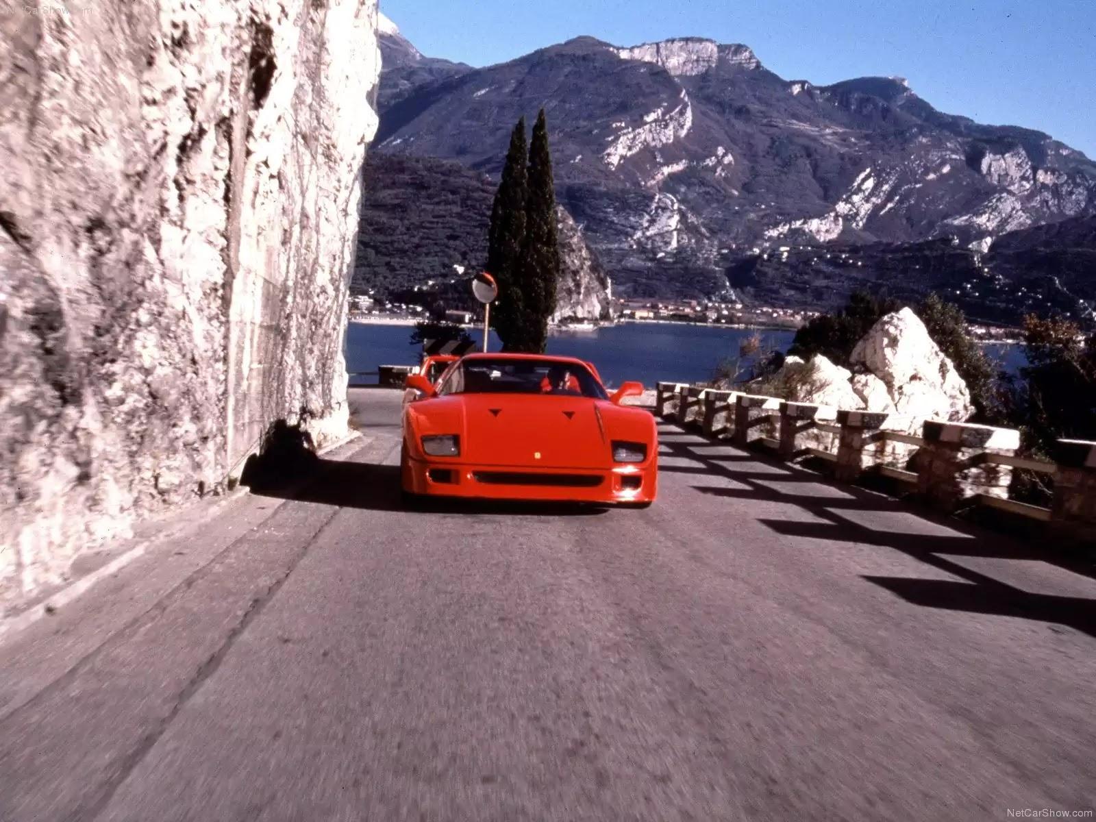 Hình ảnh siêu xe Ferrari F40 1987 & nội ngoại thất