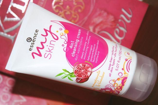 Essence My Skin: 4in1 cleansing cream. Multi-tasking skincare products. Essence My Skin skin care products. Best skincare for young skin. Essence nega koze.