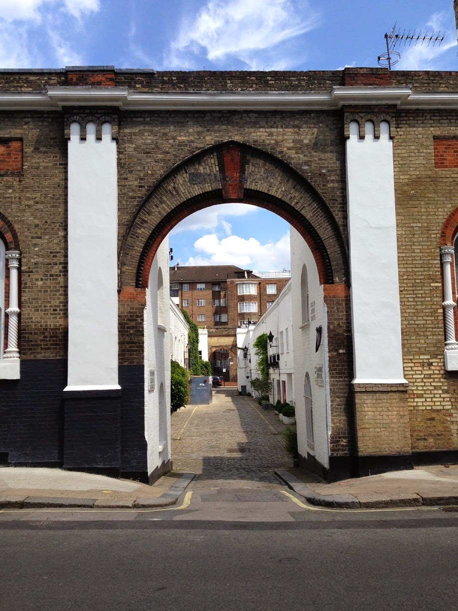 Elgin Mews South, Maida Vale, London W9