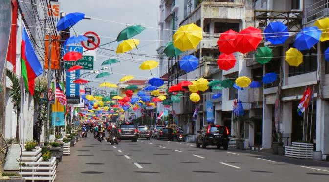 Pasar Baru Bandung - Efek KAA 60: Lucu, Ketika Nama Jalan di Kota Bandung Berubah