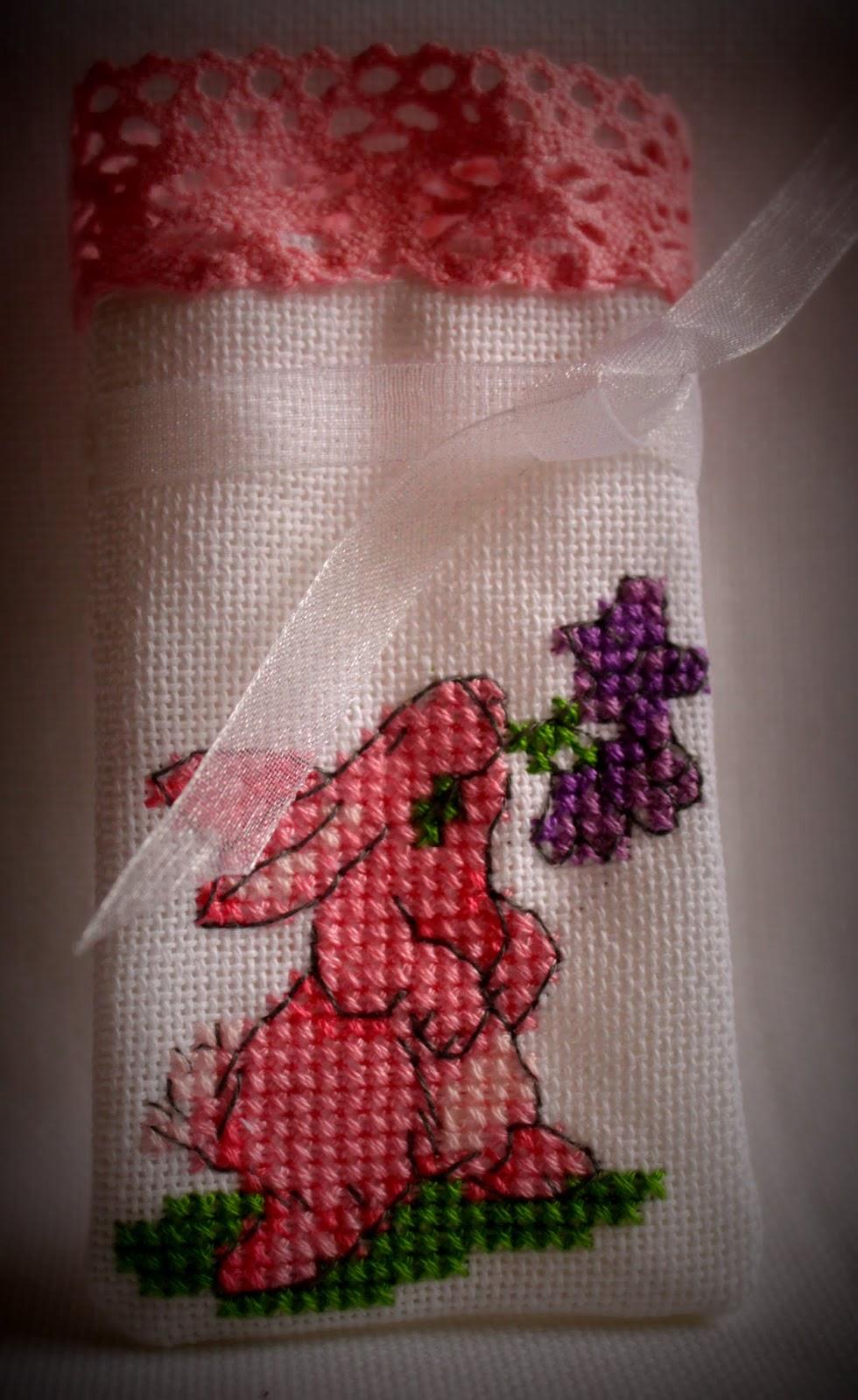 Кролик вышитый крестиком