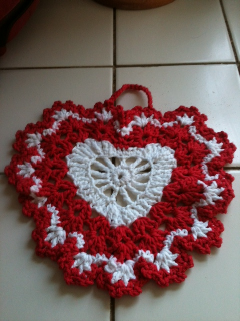 Craft Attic Resources: Valentine Dishcloth