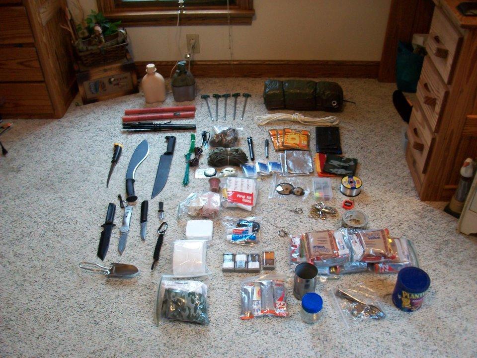 Sierra, hacha y cuchillo, la alternativa lógica a un único cuchillo grande Derick_myer