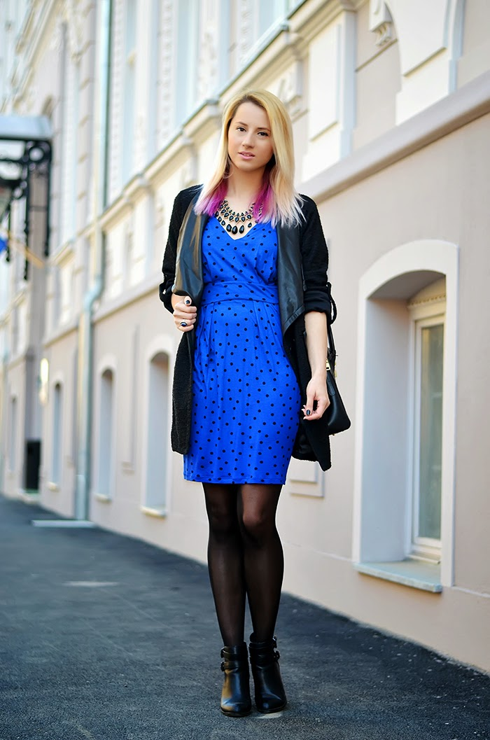 Mango polka dot blue dress H&M necklace Stradivarius cut out boots