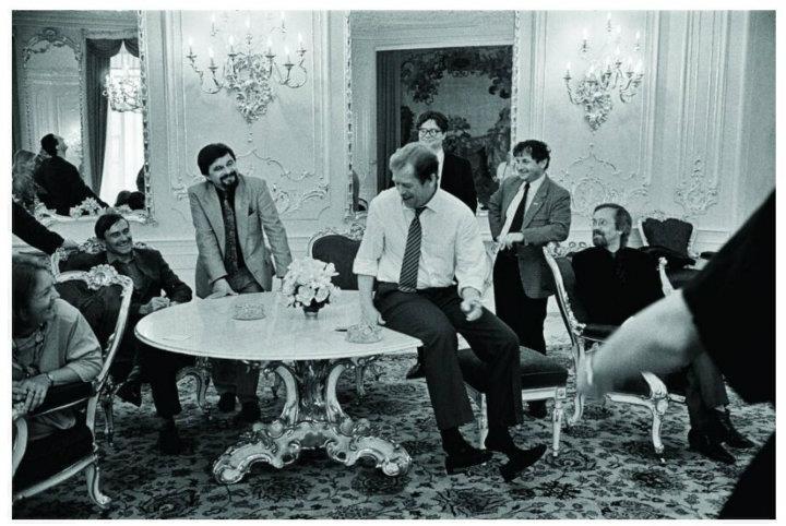 Václav Havel s přáteli