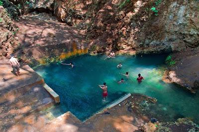 Pemandian Telaga Biru Ngreneng atau Mata Air Srimulih di Gunungkidul.