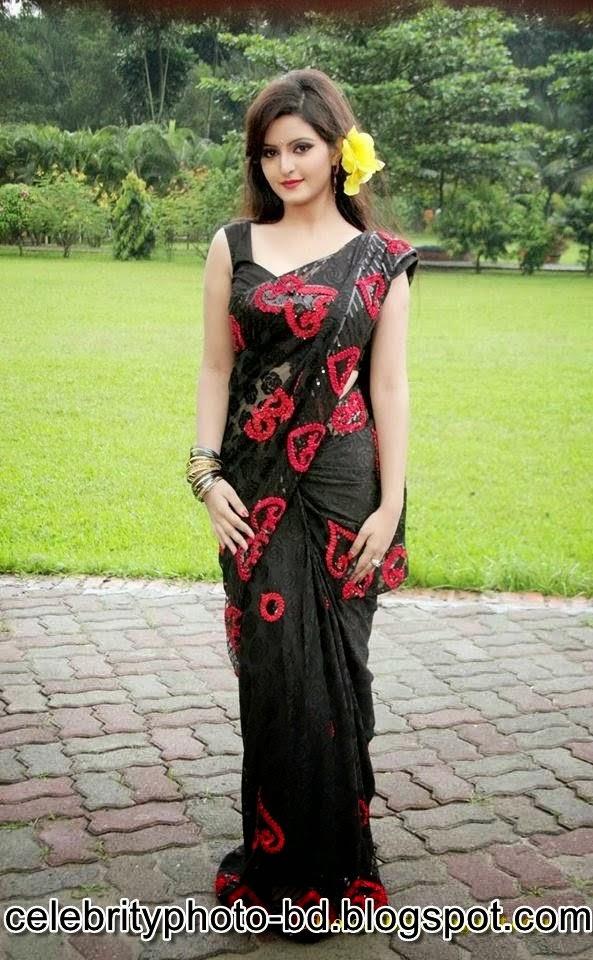 Bangladeshi+Super+Hot+And+Cute+Model+Pori+Moni's+HD+Photos009