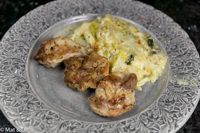 kyckling med vitkålsgratäng