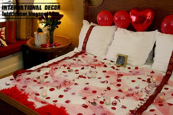 bed decorating ideas for valentines day 2013 by heart and red flowers