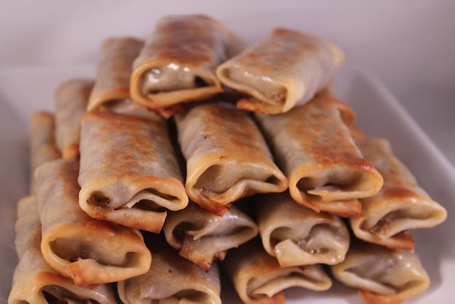 Mini Philly cheesesteak egg rolls